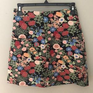 Zara floral skirt, XS. Great condition!